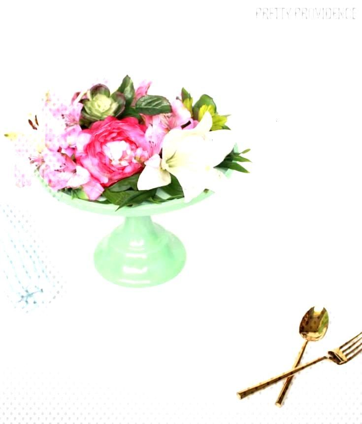 Embellish Your Big Day With Any of These DIY Wedding Centerpieces Embellish Your Big Day With Any o