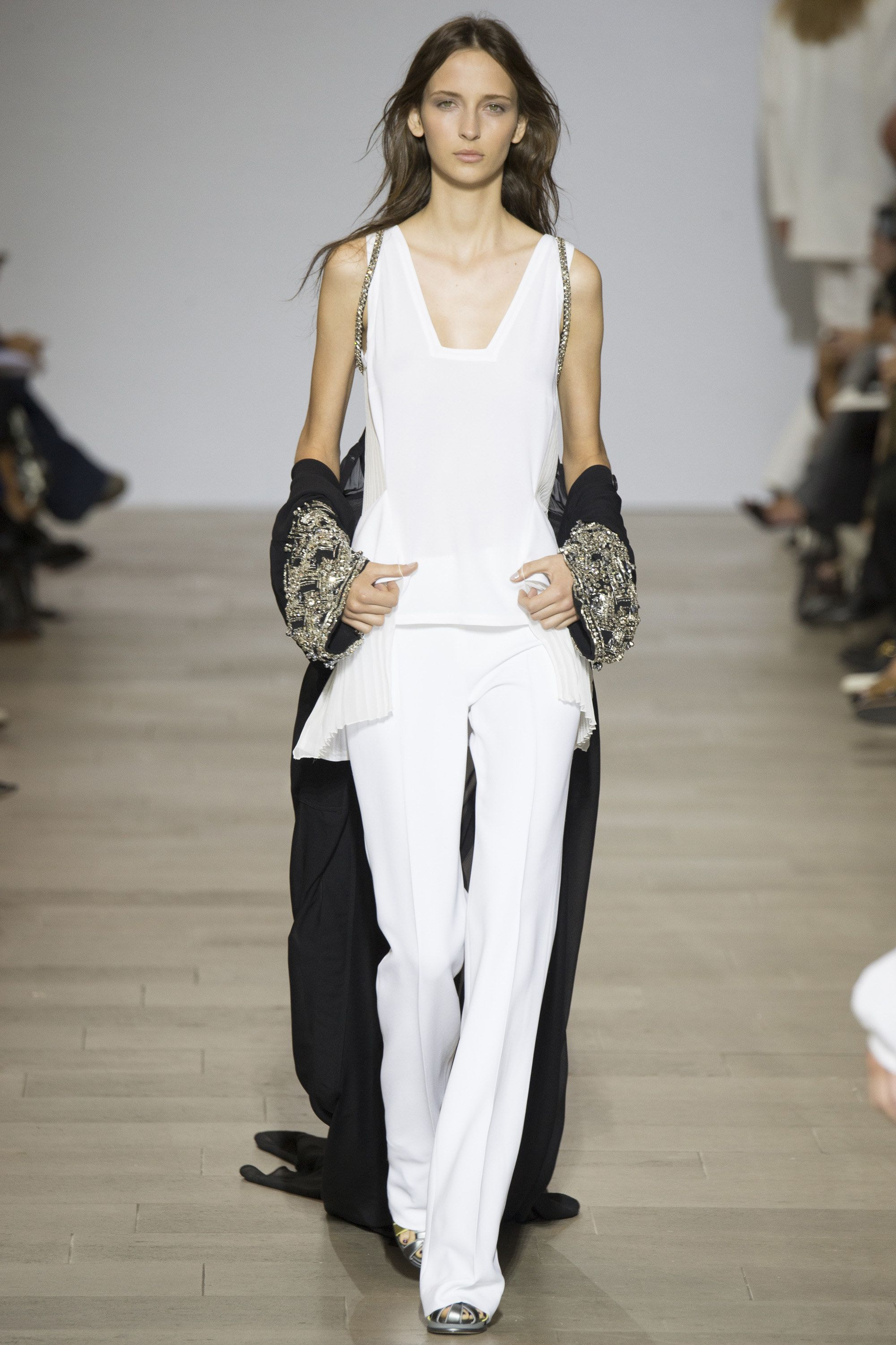 Antonio Berardi Spring 2016 Ready-to-Wear Fashion Show