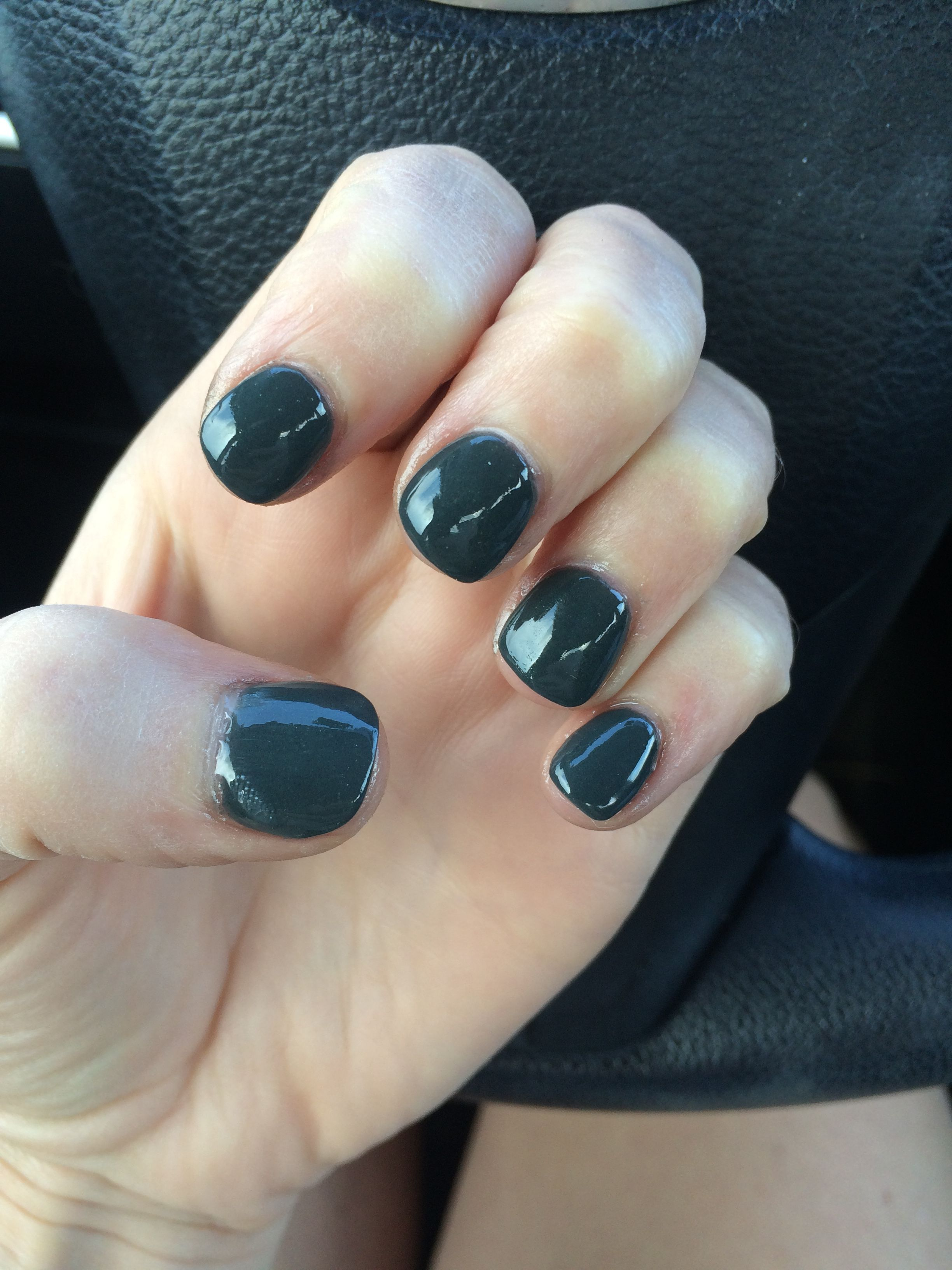 Dark hunter green Nexgen nails manicure for fall | Nailed it ...