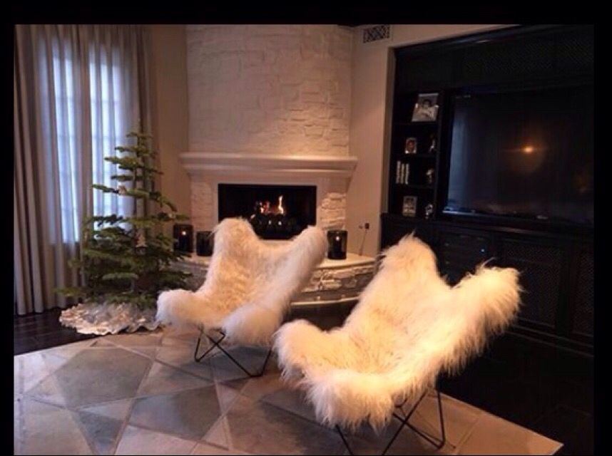 Kys Living Kylie Jenner House Jenner House Quality Living Room Furniture