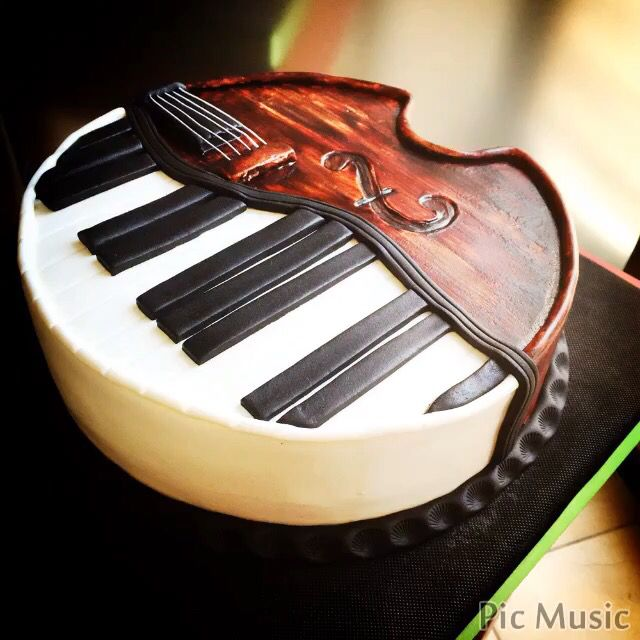 piano and violin cake                                                                                                                                                                                 More