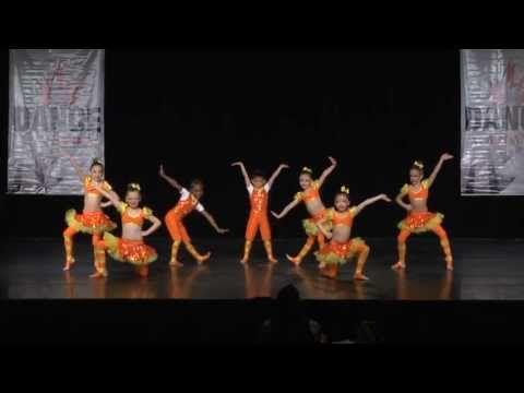 Munchkinland Mini Acro Taylor Mclennan Bold Dance Company Youtube Dance Company Dance Choreographer