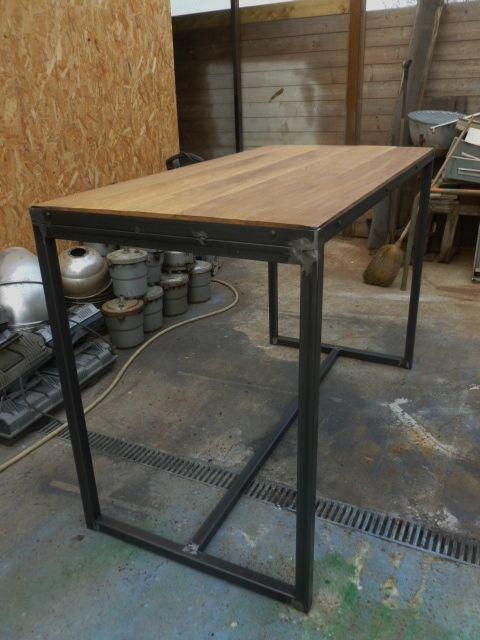Meuble industriel table mange debout sur mesure idees cuisines en 2019 meubles industriels - Meuble cuisine en metal ...