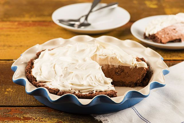 Your Favorite Double-Layer No-Bake Pudding Pie