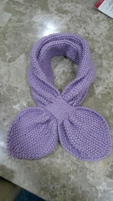 Moss stitch key hole scarf | Knitting patterns, Stitch