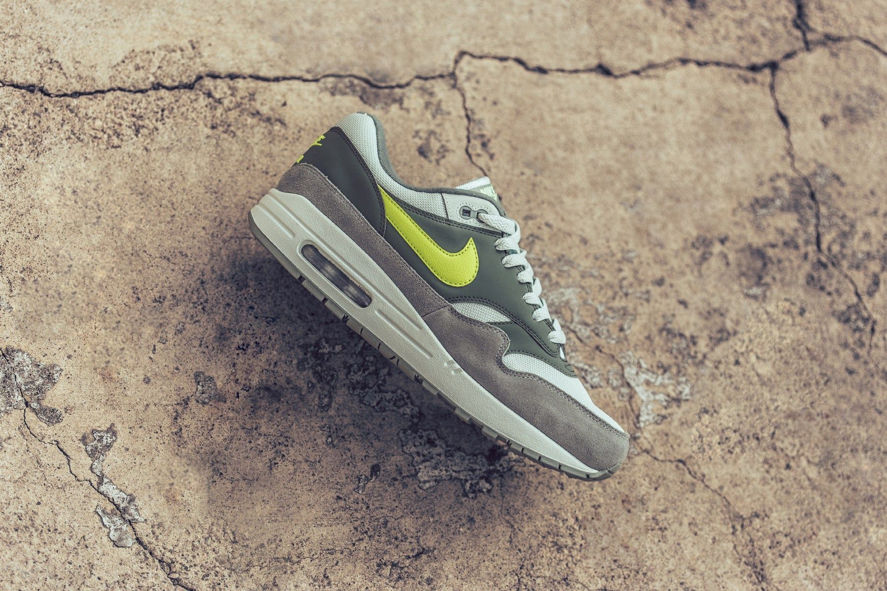 1183db5b0347 Nike Air Max 1 in