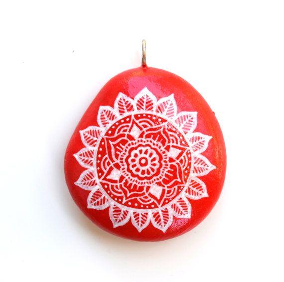 Hand Painted Stone Mandala Pendant by ISassiDellAdriatico on Etsy, €20.00