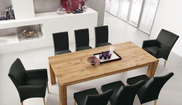Table salle à manger blanche et noire et ensemble graphique élégant