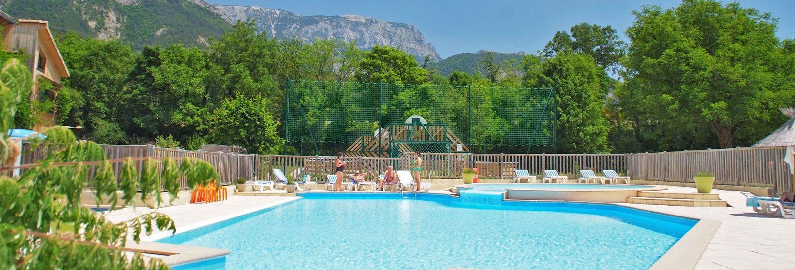 Piscine Camping Drome Betaalbaar En Mooie Omgeving Camping Vakanties Zwembaden