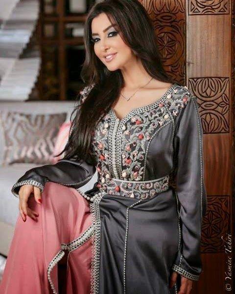 ميساء مغربي بالقفطان المغربي موقع لالة سناء Moroccan Dress Moroccan Fashion Dresses