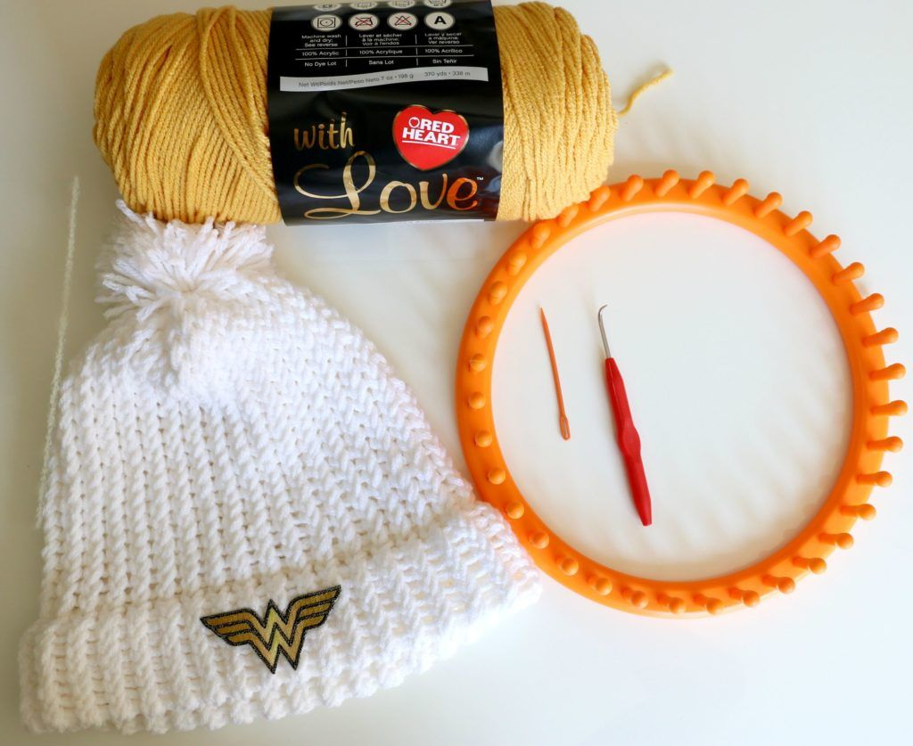 LoomKnithat4 | Yarn projects | Pinterest | Telar redondo, Telar y Rojo