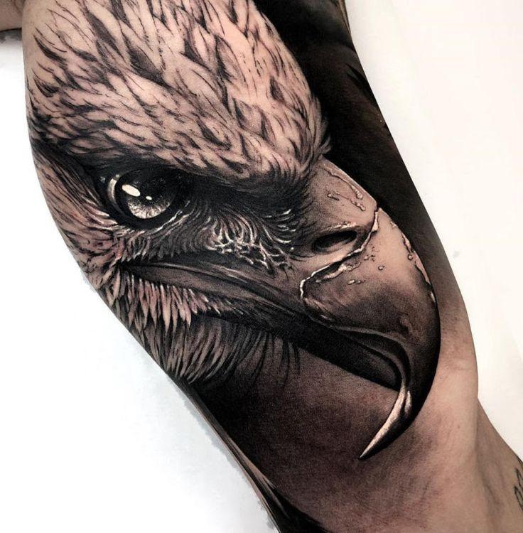 Adler Tattoo Unterarm