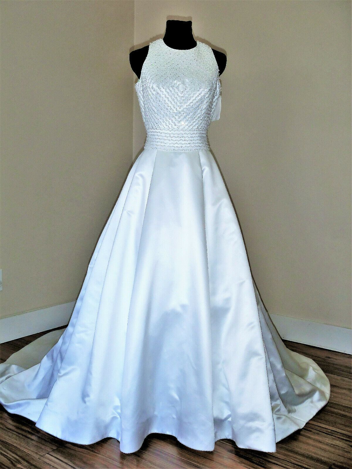 Scaasi By Eva Forsyth Style 2253b Size 10 White Halter Open Back
