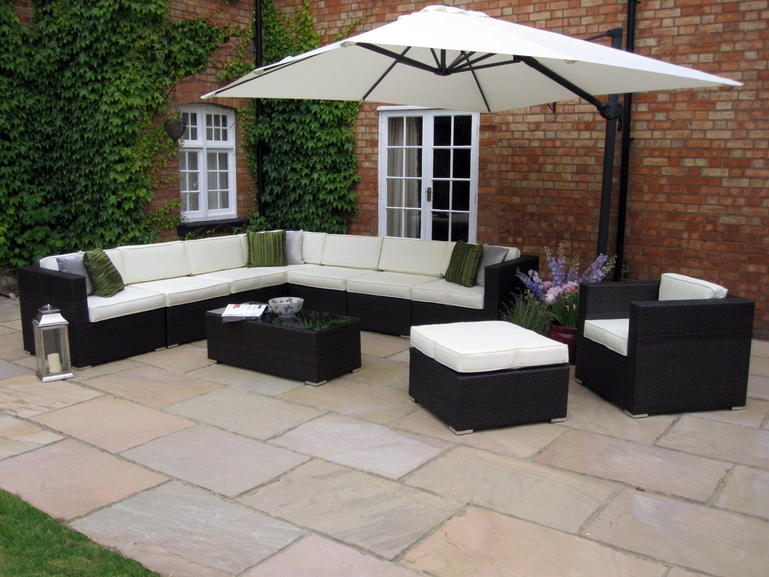 Oakita Rattan Garden Furniture Corner Sofa And King Parasol