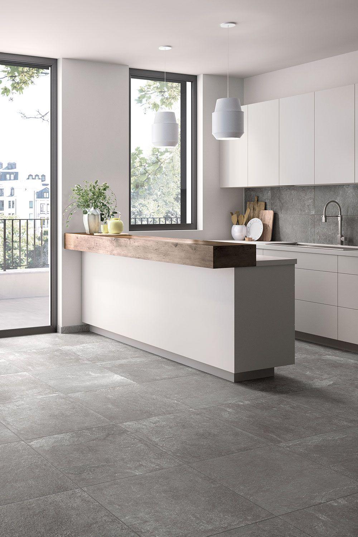 Moderner Stil In Der Kuche Mit Grauen Fliesen In 2020 Home