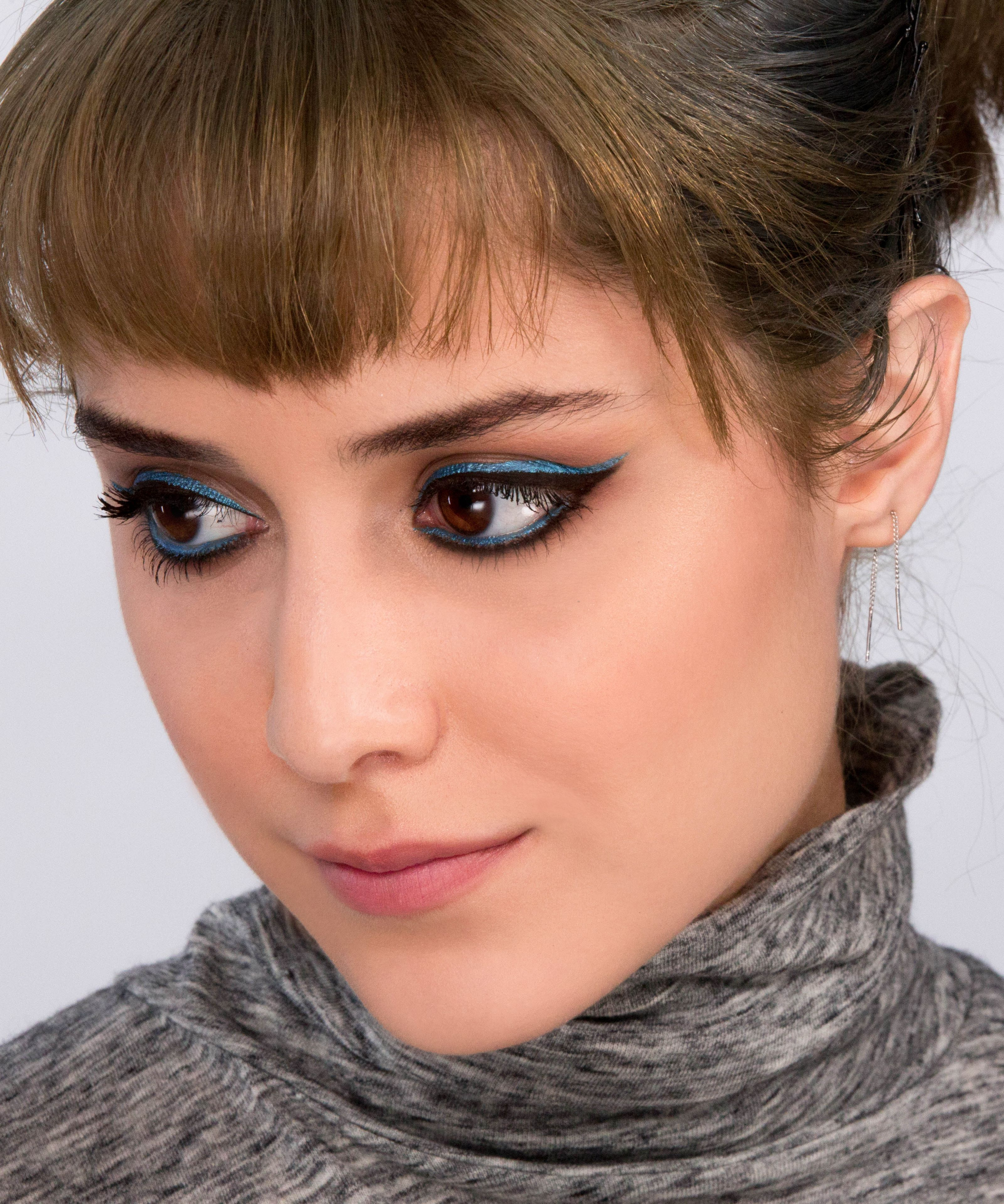 Try Hollywood's Latest Makeup Trend With This Easy