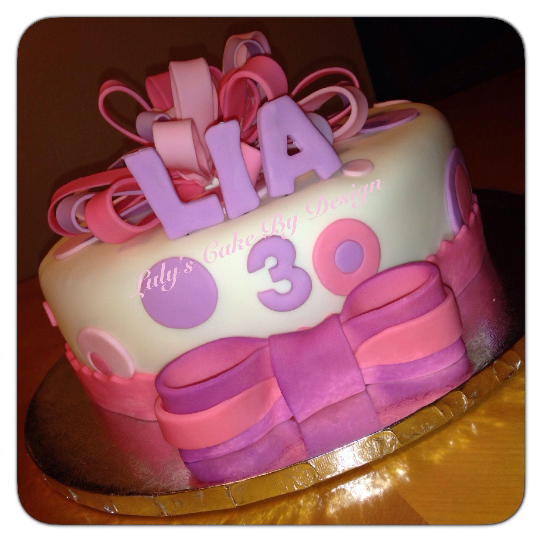 3 years old Girl birthday cake Loop bow cake Pinterest Bow