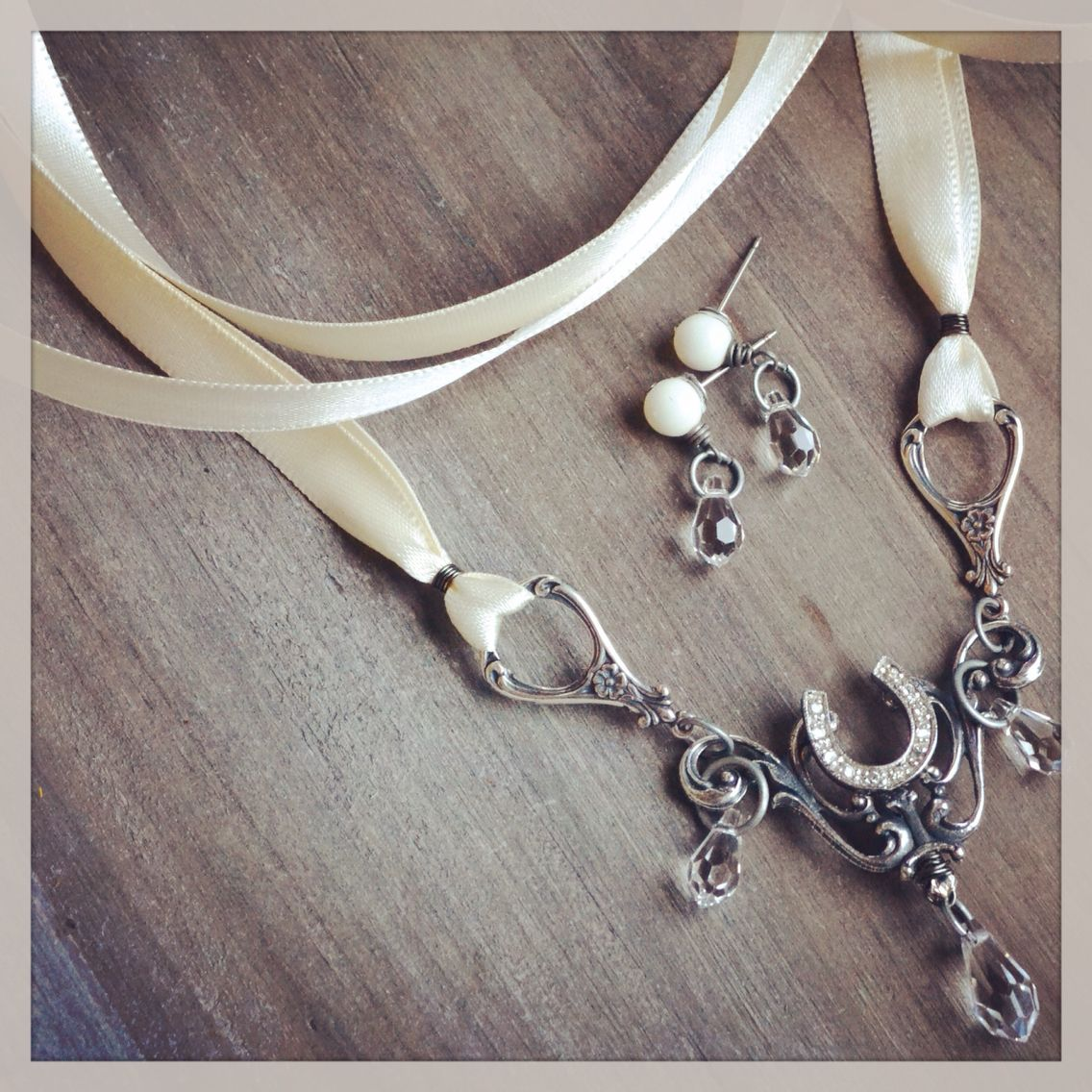 Bridal Jewelry Country Wedding Chic Victorian Style Horseshoe Necklace