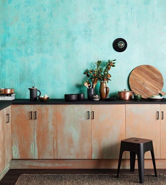 Creating unique and rustic looks to your home has never been easier thanks our Artisan Collection - Oxidising Patina.✨ The best part? This finish is also suitable for interior and exterior use. • Colour Used - Real Copper with Oxidising Patina