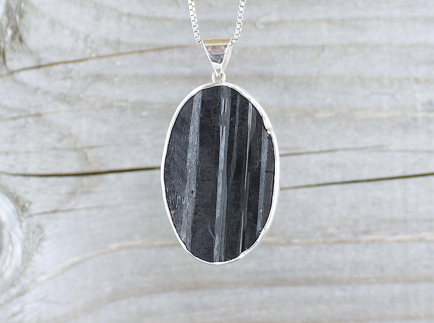 collier argent pierre noire homme