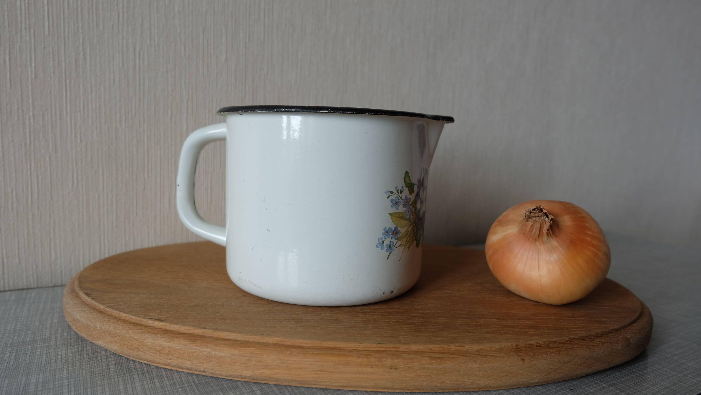 Vintage Large 1L White Enamel Mug With spout Authentic Soviet Metal ...