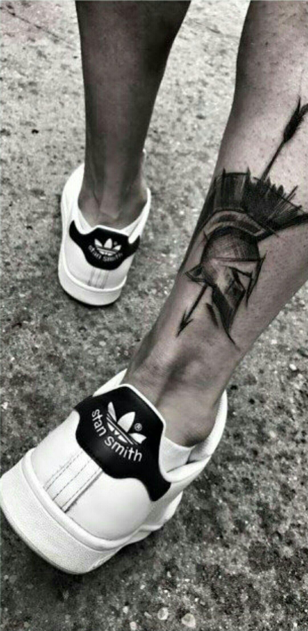 18 Tatuajes en la pantorrilla hombres