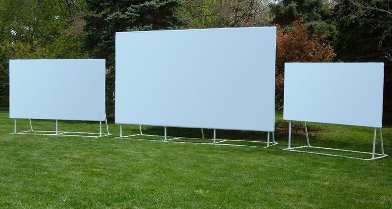 How To Make An Outdoor Projector Screen In 2019 Outdoor