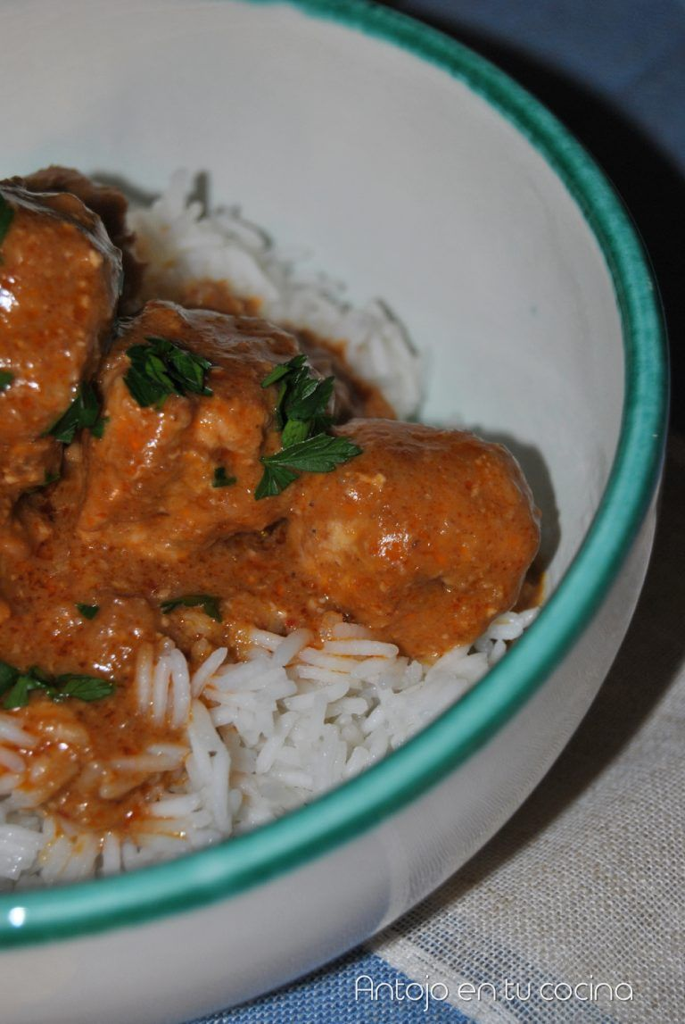 Albóndigas De Pollo Al Curry Rojo En Olla Lenta Antojo En Tu Cocina Receta Albóndigas De Pollo Pollo Al Curry Pollo Al Curry Rojo
