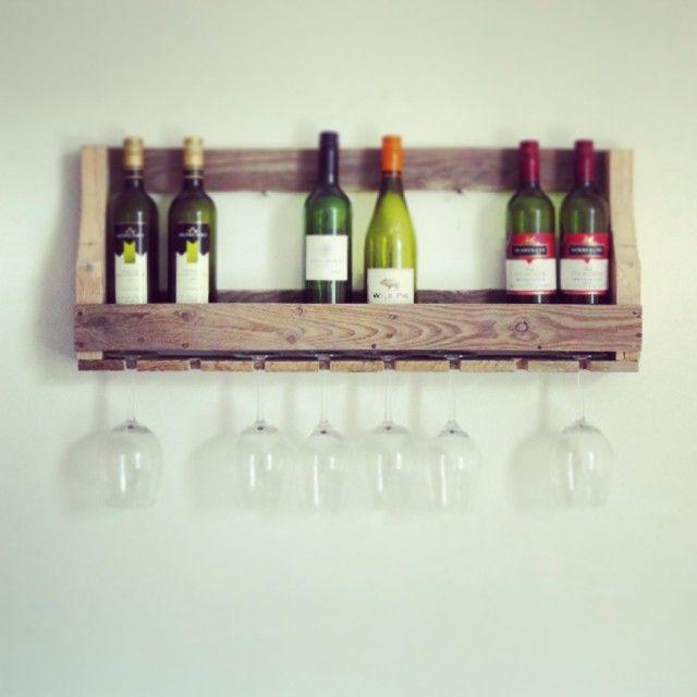 Stoer wijnrek voor aan de wand, bestel hem op www.alshetmaarvanhoutis.nl