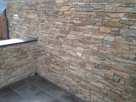 Muro de piedra lousa buscar con google estanques for Piedra natural pizarra