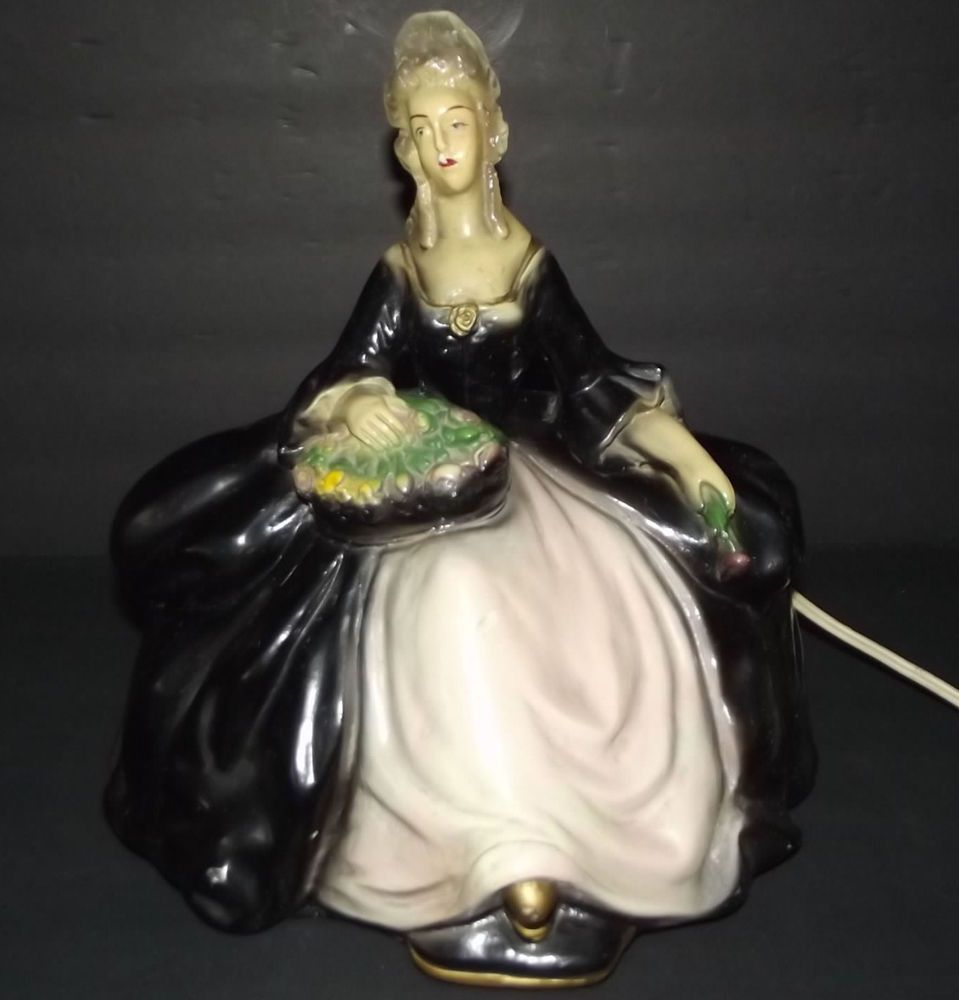 Vintage 1950s Victorian Woman With Flowers Electric Tv Lamp Light