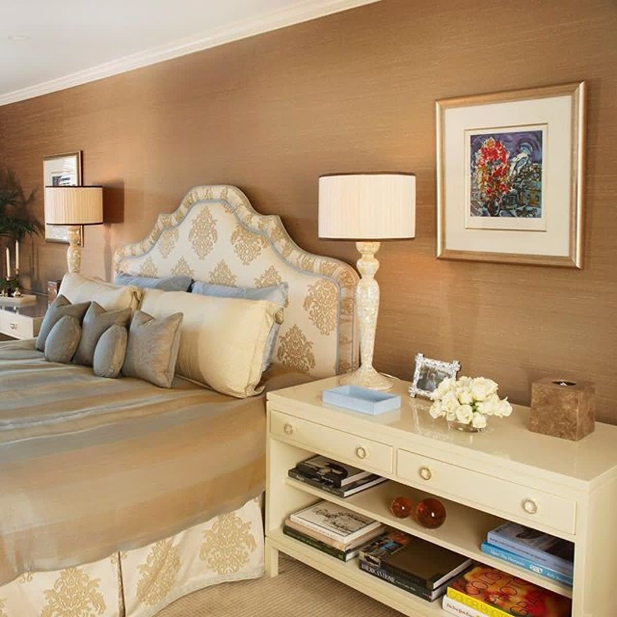Warm + Cozy #bedroom Design By @AgusInteriors. Perfect For