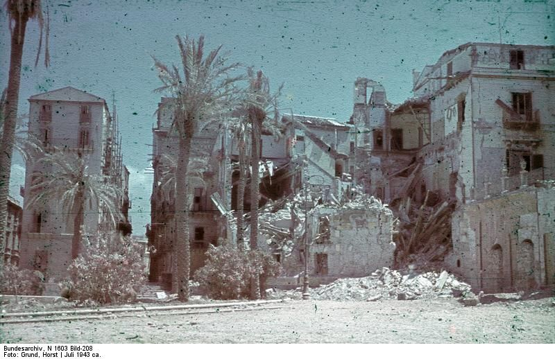 Damaged buildings at Palermo, Sicily, Italy, Jul 1943 (Photographer: Horst Grund. Source: German Federal Archive)