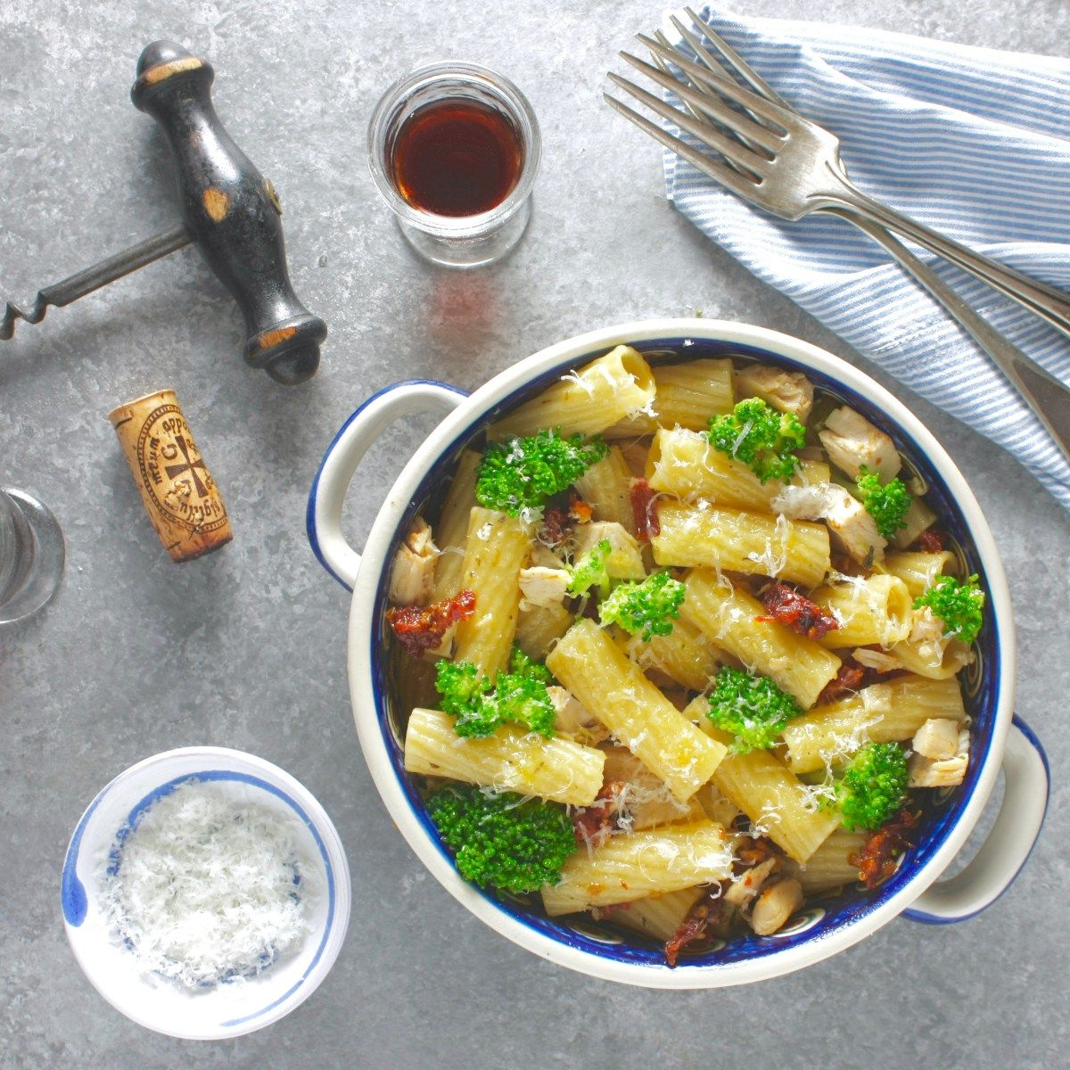 Easy Weeknight Rigatoni with Broccoli and Chicken