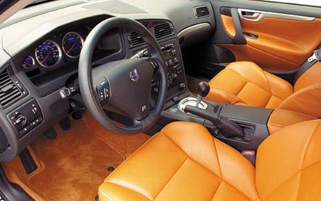 2004 Volvo V70 R Road Test Motor Trend Volvo Volvo V70 Volvo Cars
