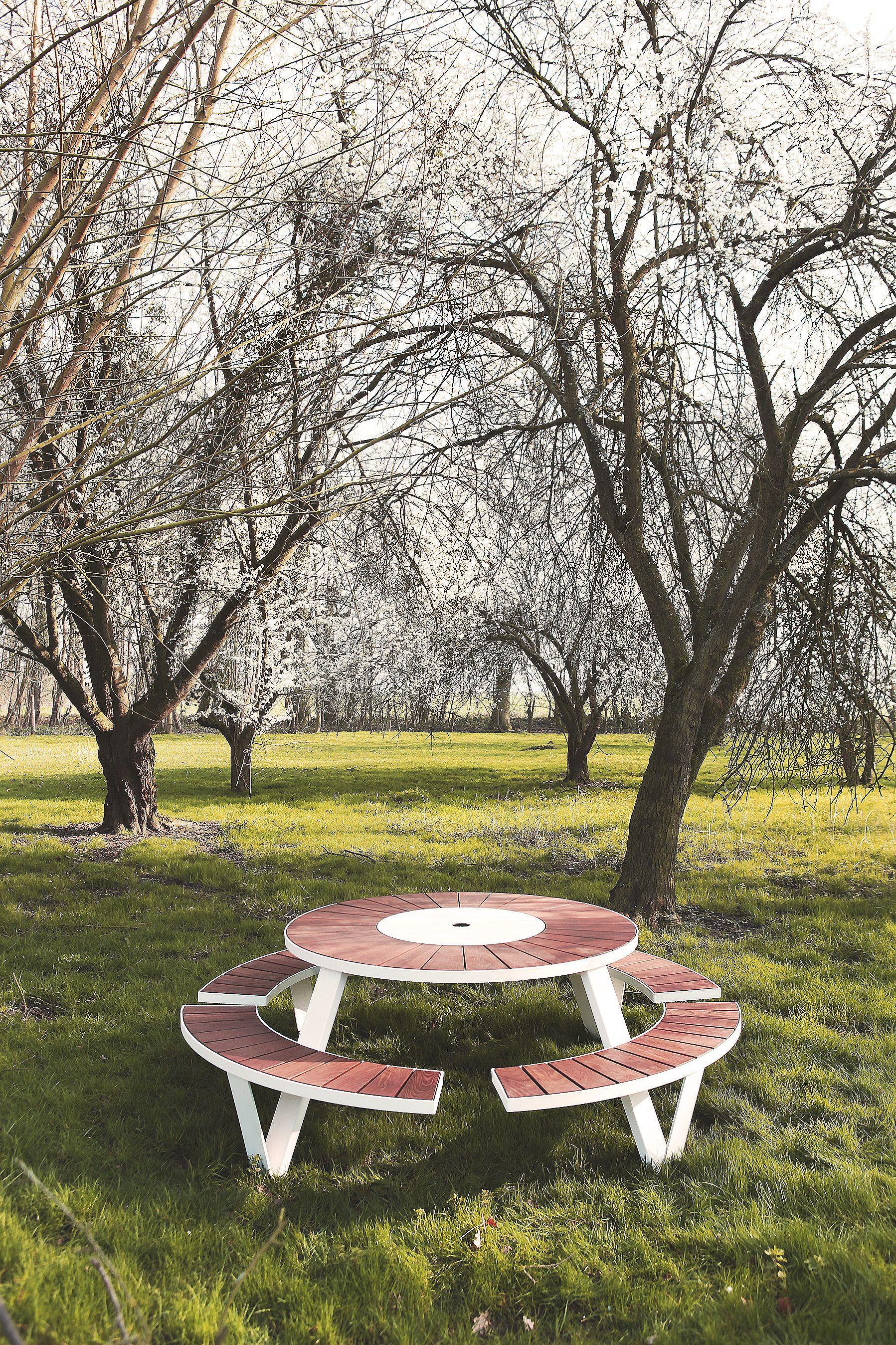 Extremis Pantagruel Garden Outdoor Design