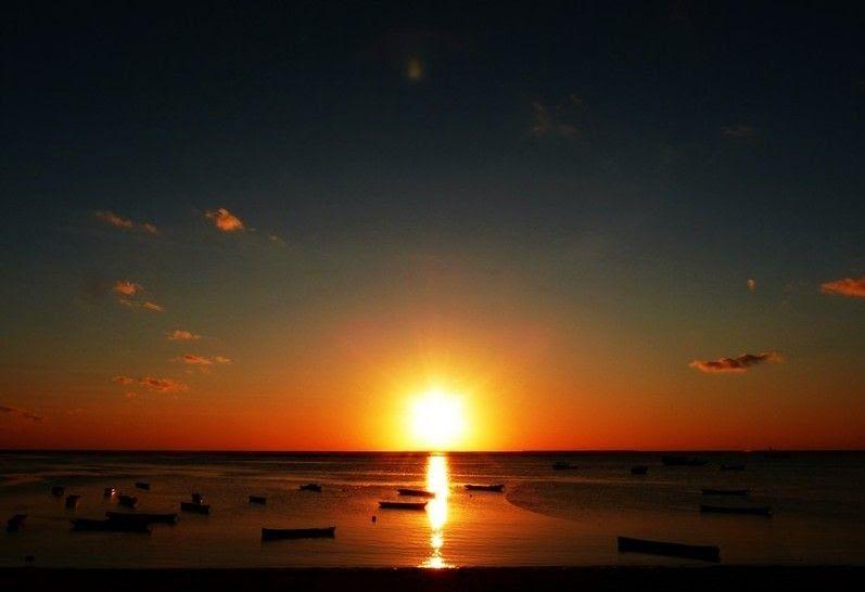 Paling Keren 30 Gambar Pemandangan Pada Waktu Senja Daftar Gambar Pemandangan Pantai Di Senja Hari Panorama Yan Di 2020 Fotografi Alam Pemandangan Matahari Terbenam