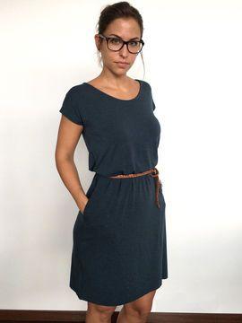➊➁➂➃+Für+Anfänger+geeignet  Easy+ist+ein+locker+gerade+geschnittenes+Kleid+ #casuallook