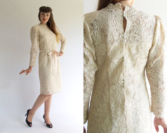 Vintage 60s SATIN BUTTON BACK Cream Lace Hourglass Wedding Dress W Slip 1960s Romantic