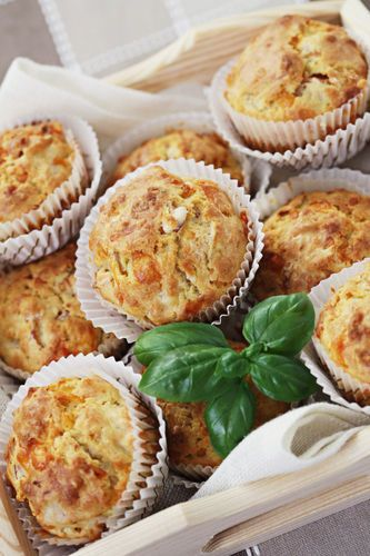 Bacon Breakfast Cupcakes ~   1 (20-oz.) bag refrigerated shredded hash browns -   2 tablespoons vegetable oil -  1/2 teaspoon salt -  1/4 teaspoon pepper -  6 eggs -  2 tablespoons milk -  3/4 cup crumbled freshly cooked bacon -  3/4 cup shredded cheddar cheese