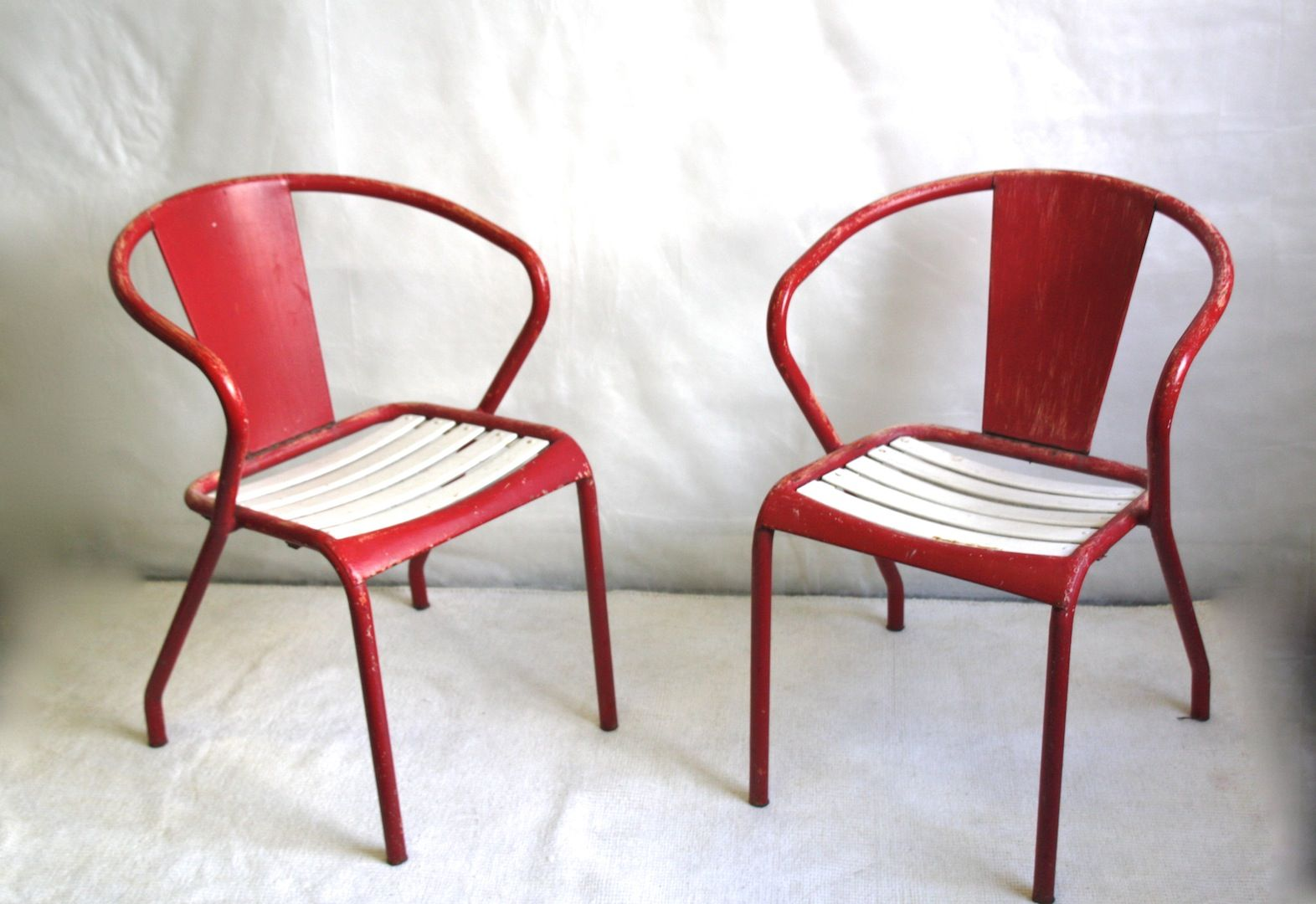 Maybe a little frayed but ultra design Tolix's vintage chairs