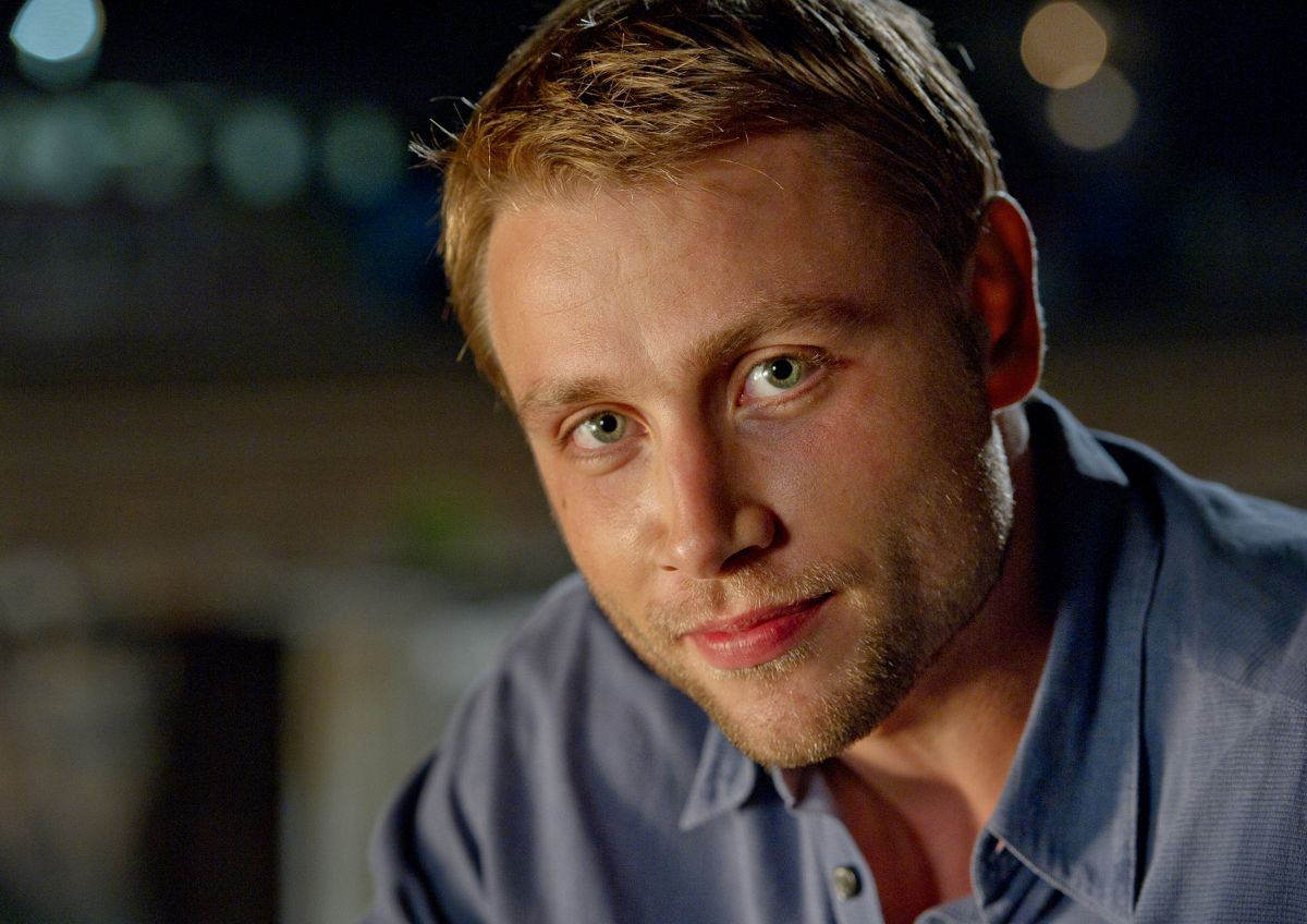 Picture of max riemelt - Who Is Max Riemelt Met His Smile And His Meekness Can Not Forget