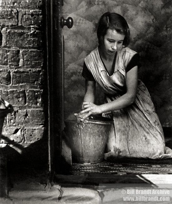 Housewife Bethnal Green 1937 Bill Brandt Bethnal Green Vintage Photography