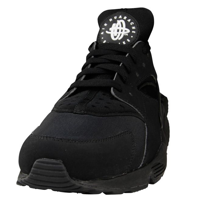 90a46da985ff ... australia nike air huarache triple black foot locker europe exclusive  ffd38 288ea