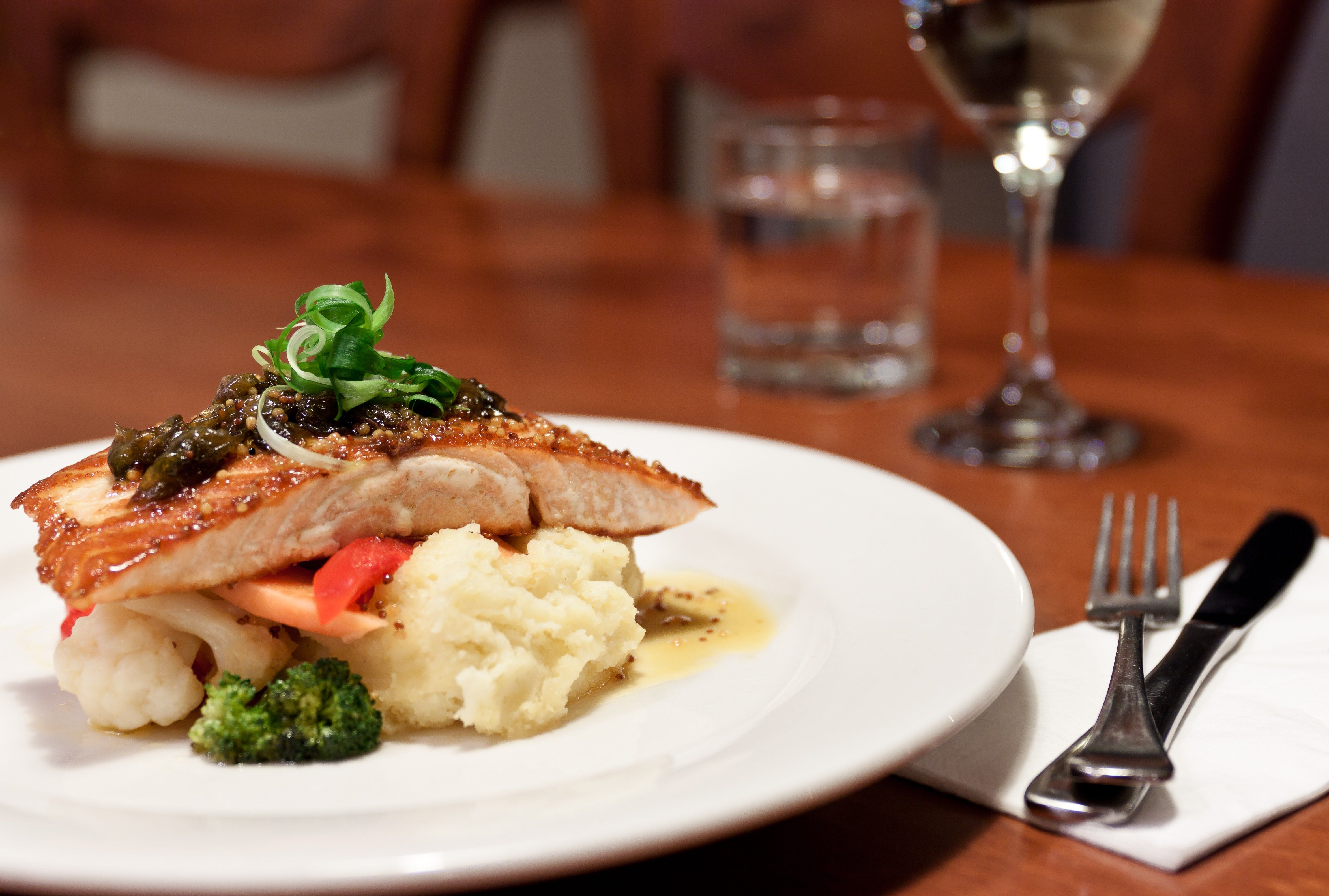 Salmon dinner at vitas in griffith more riverina food wine beer salmon dinner at vitas in griffith more riverina food wine beer produce forumfinder Gallery