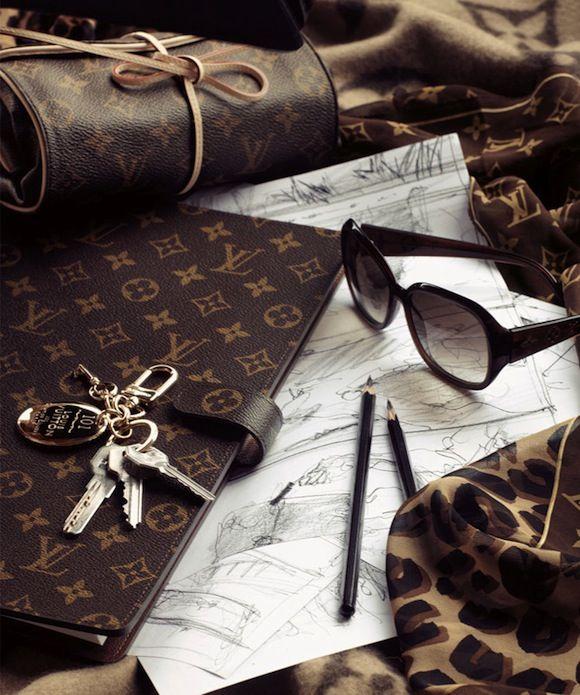 louis vuitton luxuryforprincess pinterest burberry luxus taschen und taschen. Black Bedroom Furniture Sets. Home Design Ideas