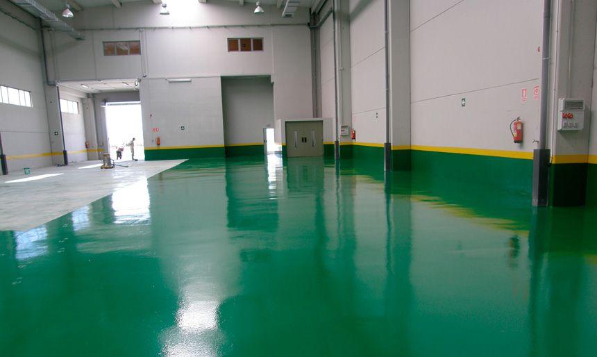 Como pintar suelos de cemento consejos pinturas el for Cemento pulido para exterior