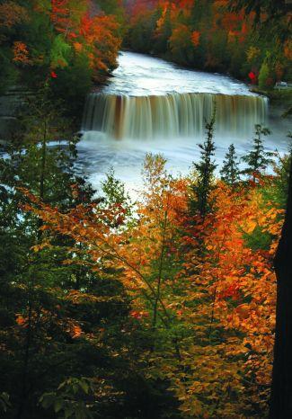 Tahquamenon Falls/ Upper Peninsula, MI