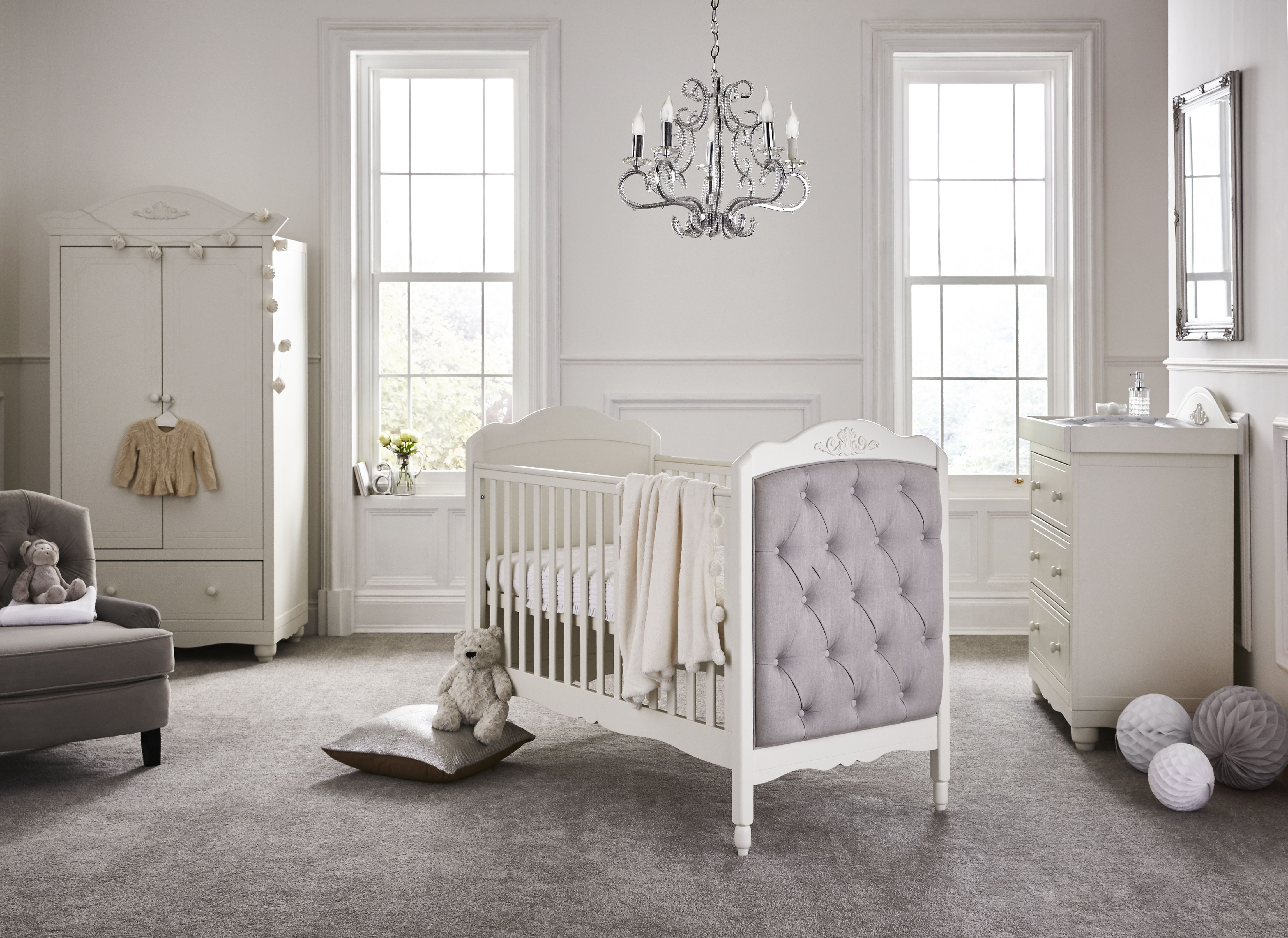 Meego Epernay Cot Bed with extra Junior bed padded End