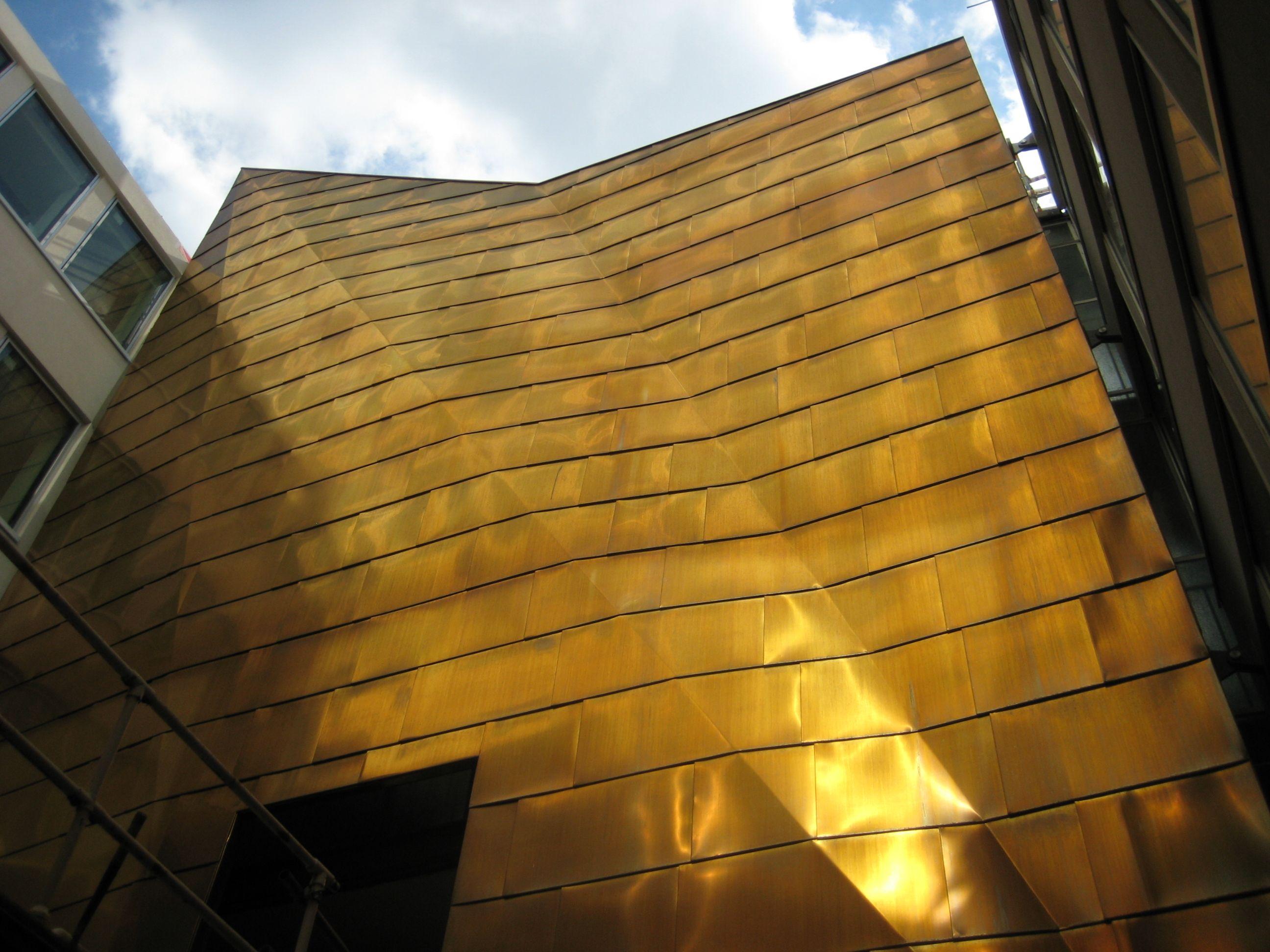 Kme Tecu Brass Holbrook House London Jpg 2 592 215 1 944
